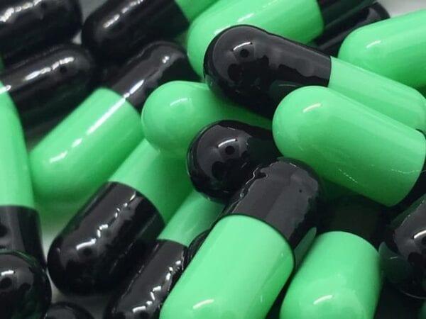 gelatin-capsules-gelcaps-size 4-mint-black